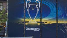 Kievde 2018 UEFA şampiyonlar Ligi kupasını önce siz görün istedim